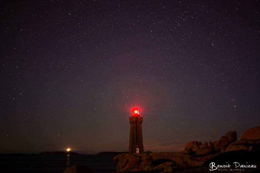 Phare Men Ruz de nuit
