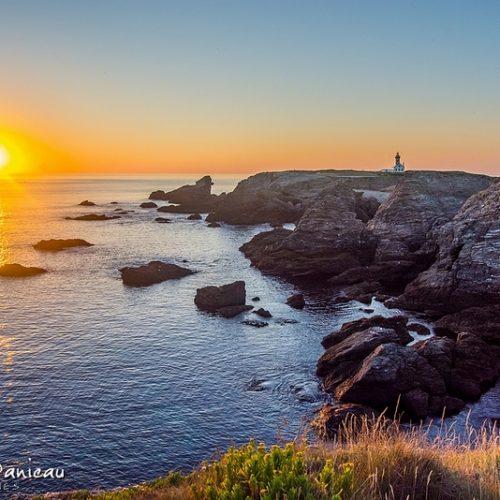 Pointe des Poulains à Belle Ile en Mer au coucher du soleil