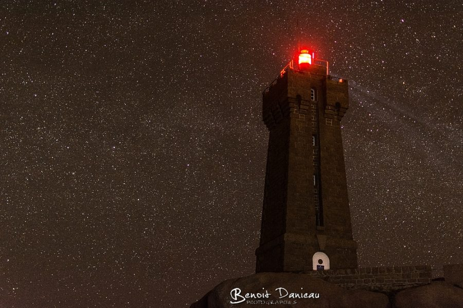 phare de ploumanac'h Men ruz de nuit